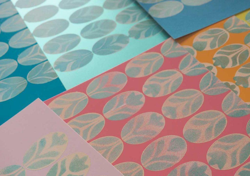 Frühlingshafte Oval-Muster-Drucke nach ©muellerinart