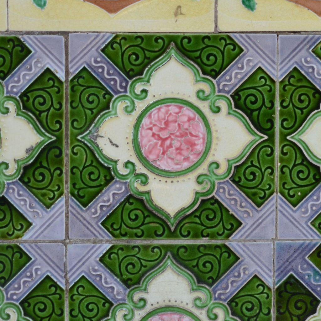 Tropische Schnörkel, Perakanan Tiles, Malaysia nach ©muellerinart