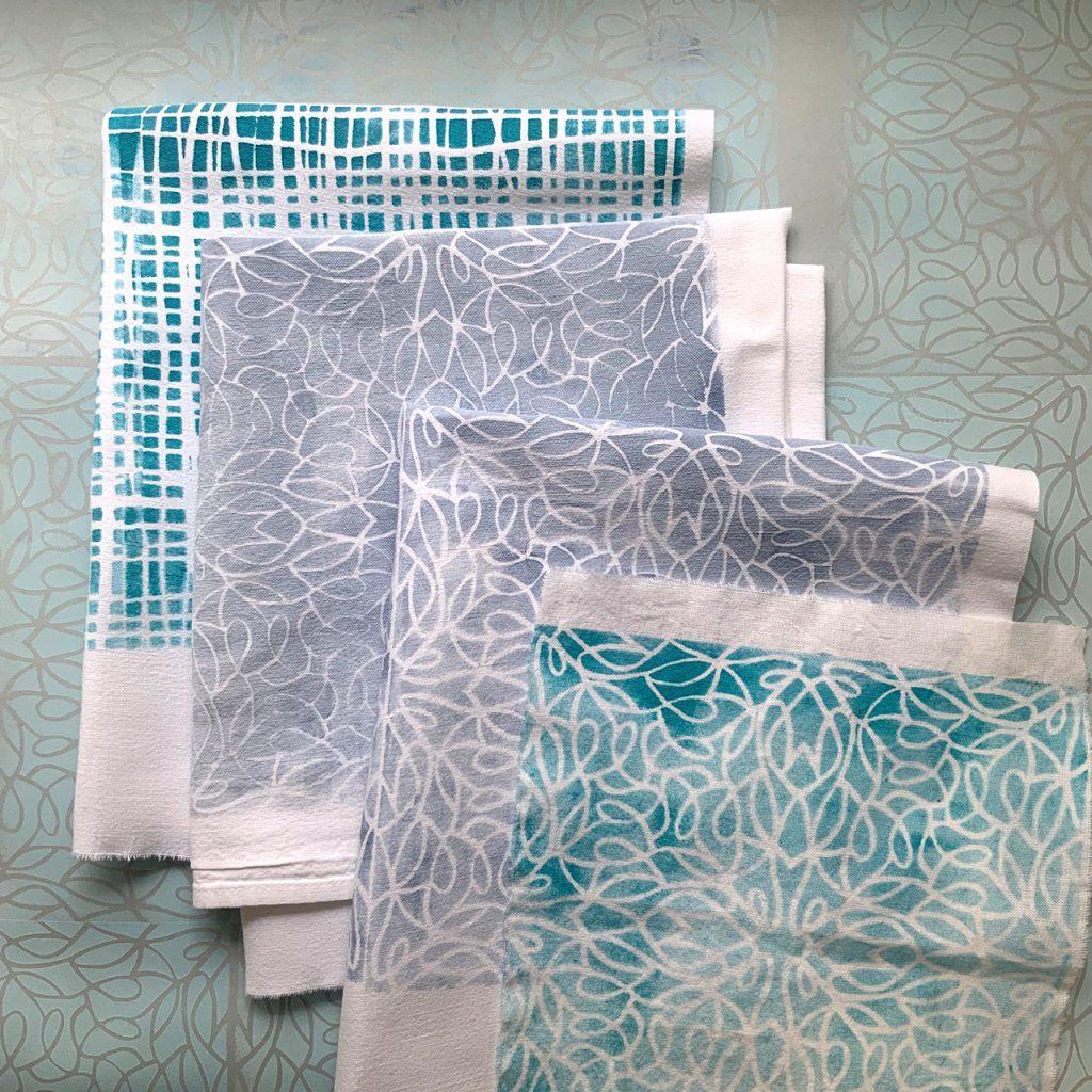 Schablonendruck weiss und linie nach ©muellerinart