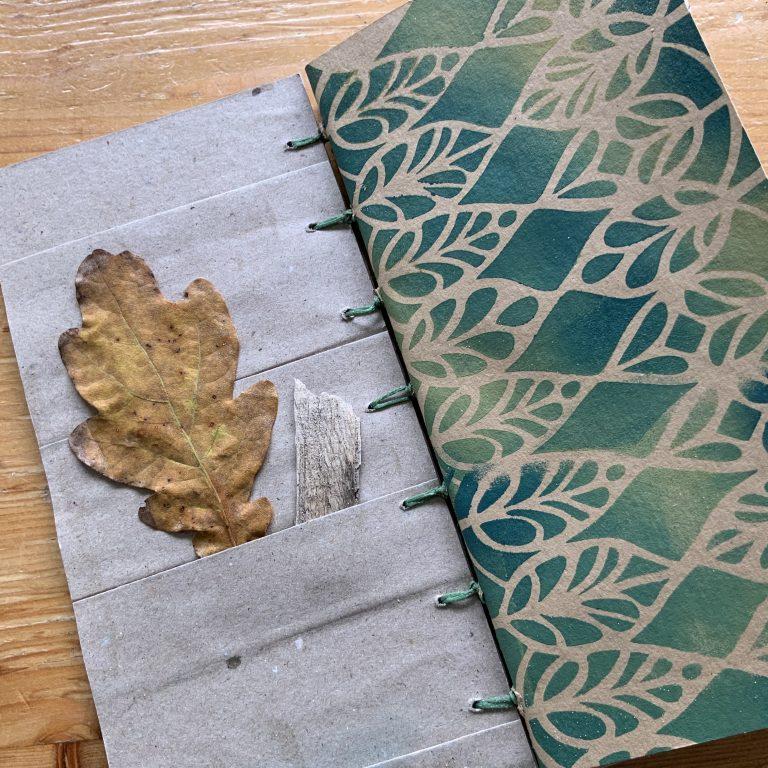 Holzbuch Oktober