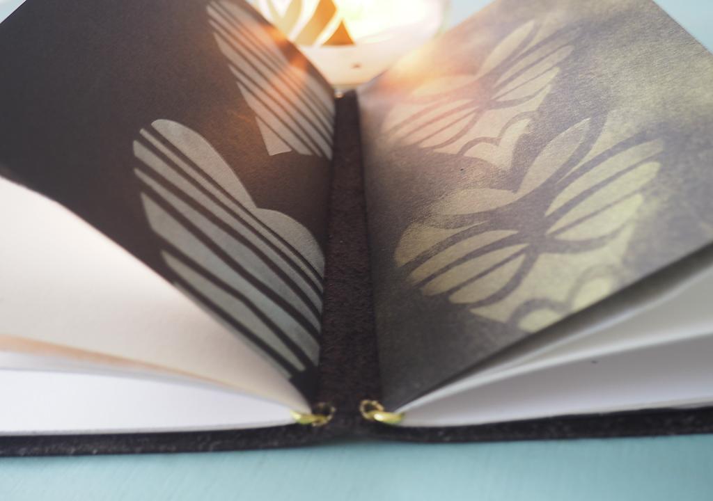 gold und weich, Dezemberbuch ©muellerinartstudio