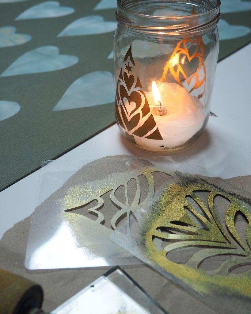 gold und weich, Schablonendruck ©muellerinartstudio