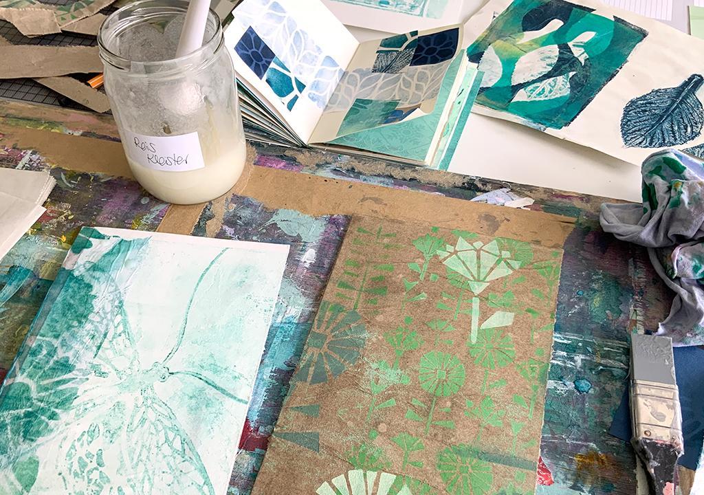 Zweihändig Kleben mit Reiskleister ©muellerinart