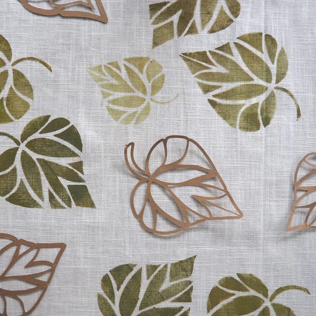 Schablonendruck Blätterwirbel ©muellerinartstudio