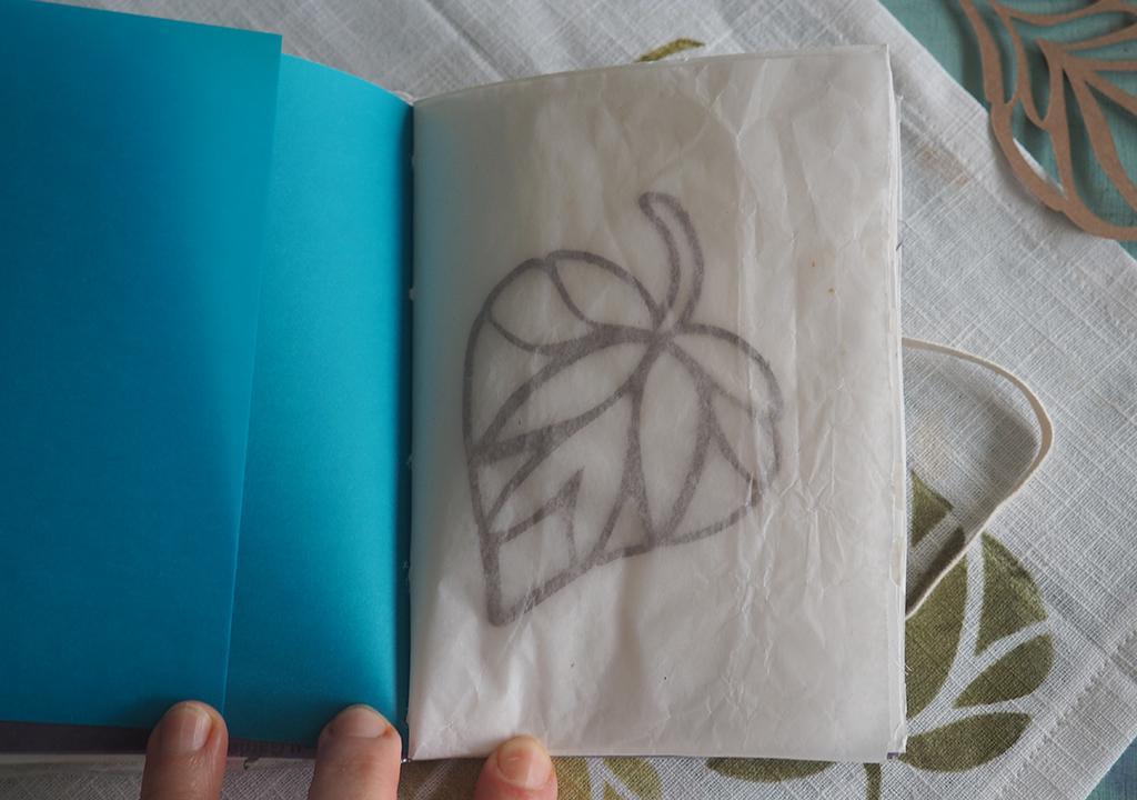 Oktoberbuch rau + Transparenz ©muellerinartstudio